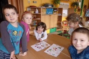 práce dětí na besedě