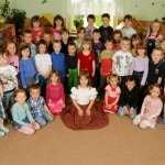 Anička s dětmi